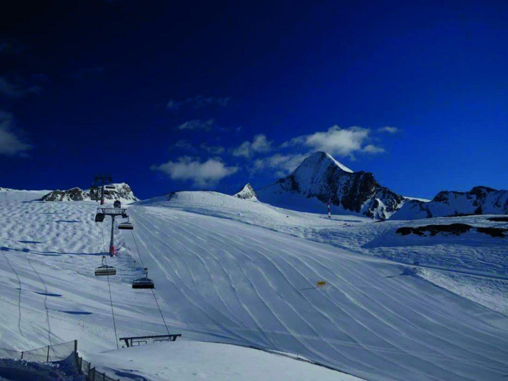 piste de ski avant retouche